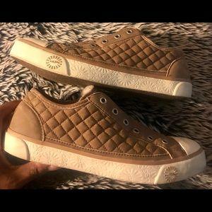 HOLIDAY SALE! Ugg Laela Tan nubuck leather sneaker